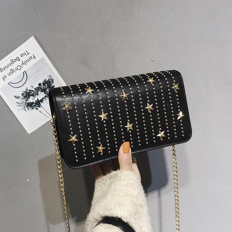 Free2019 сумка заклепки женщина все Матч косой прилив сумка шикарная цепь одно плечо небольшой квадратный пакет