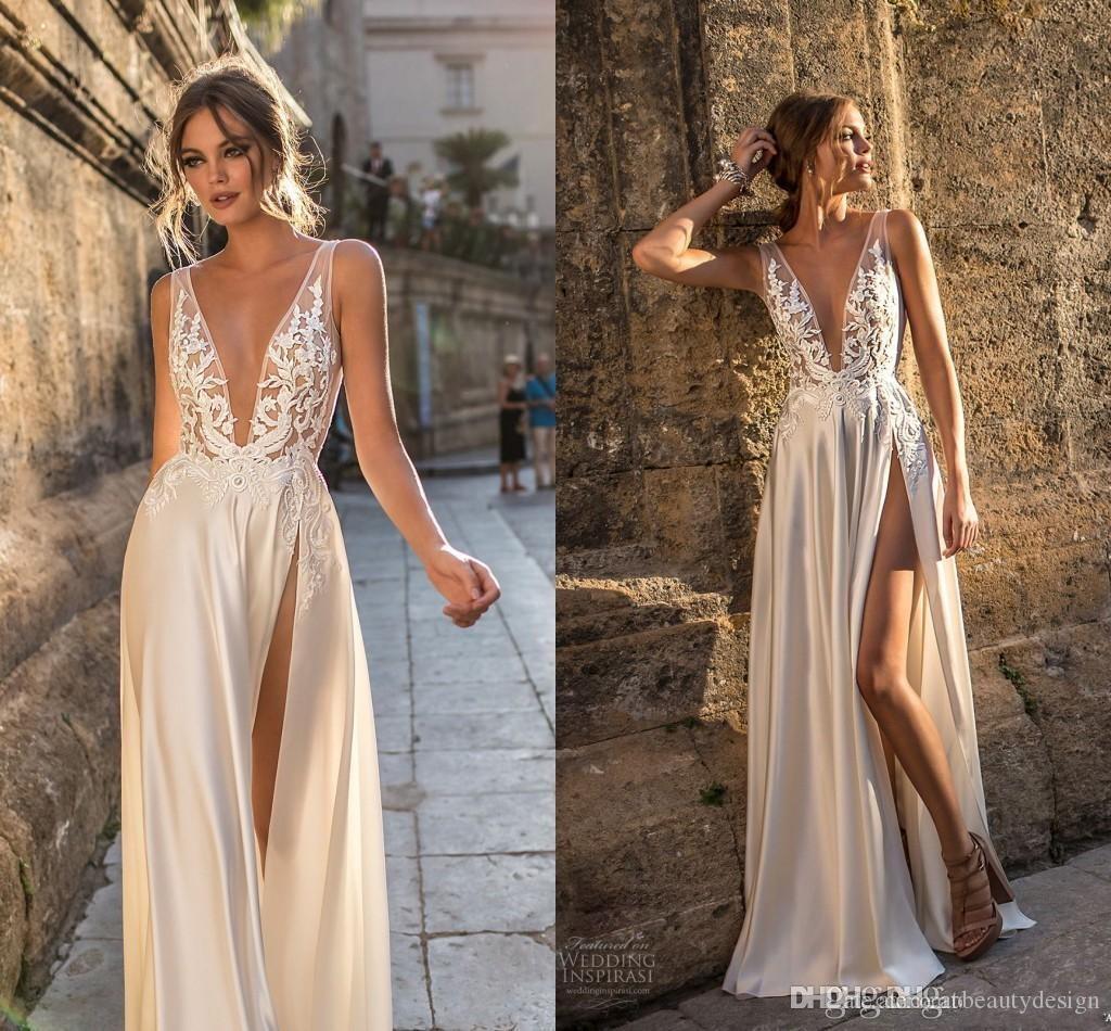 2021 Sexy Beach Wedding Vestidos Bohemian Lace Applique Profundo V Neck Alto Lado Alto Split Sweepless Sweep Train Brides Brown Vestidos Personalizados