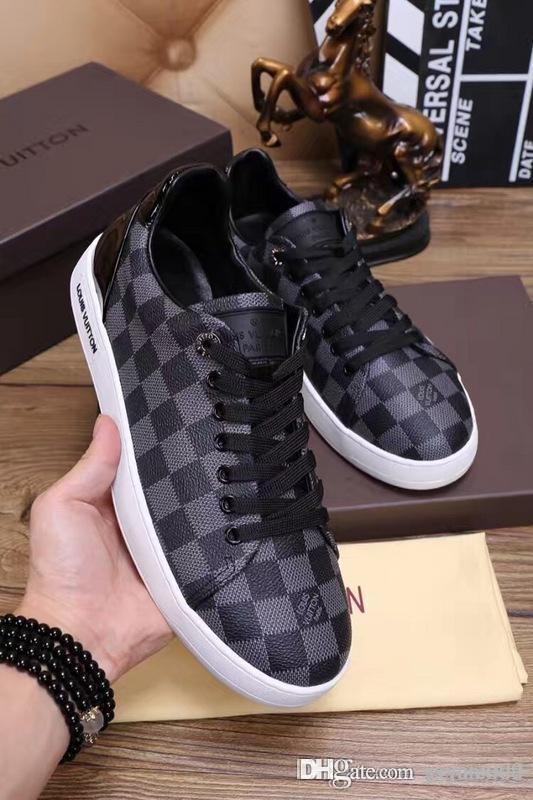 TOP Avec boîte Nouveau Top chaussures de qualité pour hommes chaussures de sport mode chaussures de sport classiques appartements sport en cuir Taille 38-46