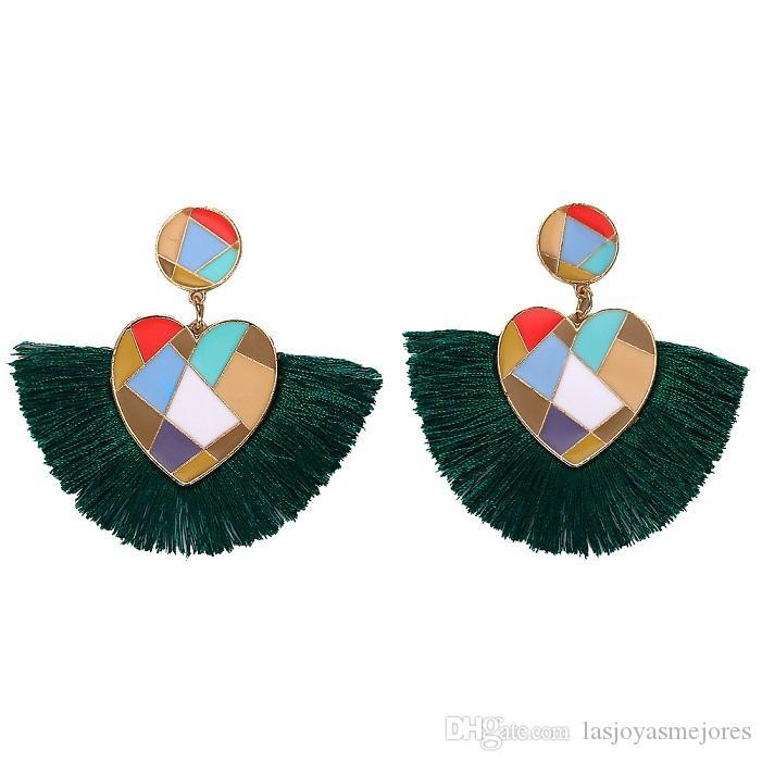 Yeni moda moda lüks tasarımcı kadınlar 9 renk için renkli beatutiful metal kalp püskül damızlık küpe abartılı