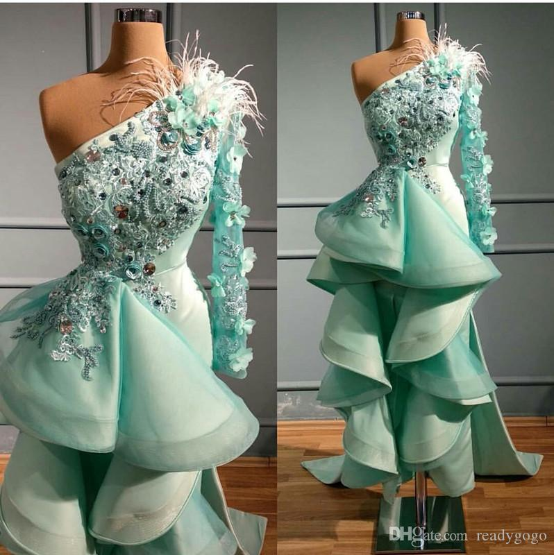 민트 그린 (High) 저 (Low) 이브닝 드레스 한 어깨 3D 꽃 Appliqued 크리스탈 깃털 댄스 파티 드레스 파티 착용 럭셔리 프릴이 가운 데 야회