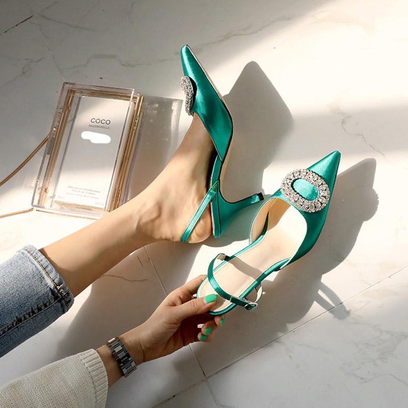 Été Stiletto Pointu talon haut strass boucle sandales en satin Pompes mariage de luxe Chaussures Femme mariée fraîches