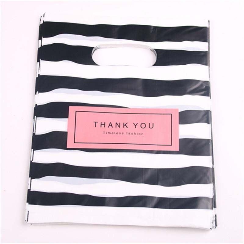 Heiße neue Art und Weise Großhandels100pcs / lot 20 * 25cm Blackwhite Streifen Einkauf Geschenk-Verpackung Beutel mit Dank