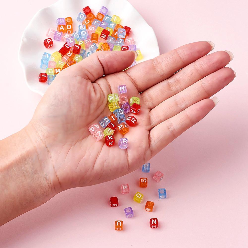 Alfabeto acrílico Beads Para Jóias Fazendo Pulseiras Pulseiras Colar Letras Mistas Cor Cubo Sobre 2500/500g 6 * 6 * 6mm Buraco 3mm