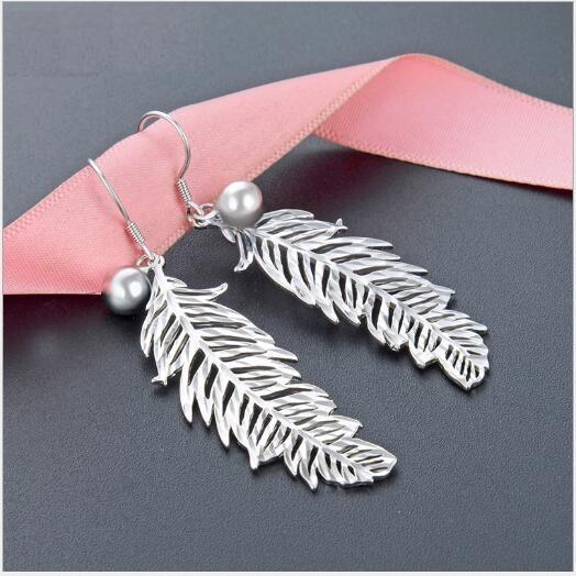 Toptan Boho Etnik Stil Küpe Kadın Küpe S925 Gümüş Topu Tüy Vahşi Moda Earrings495 Cilalı