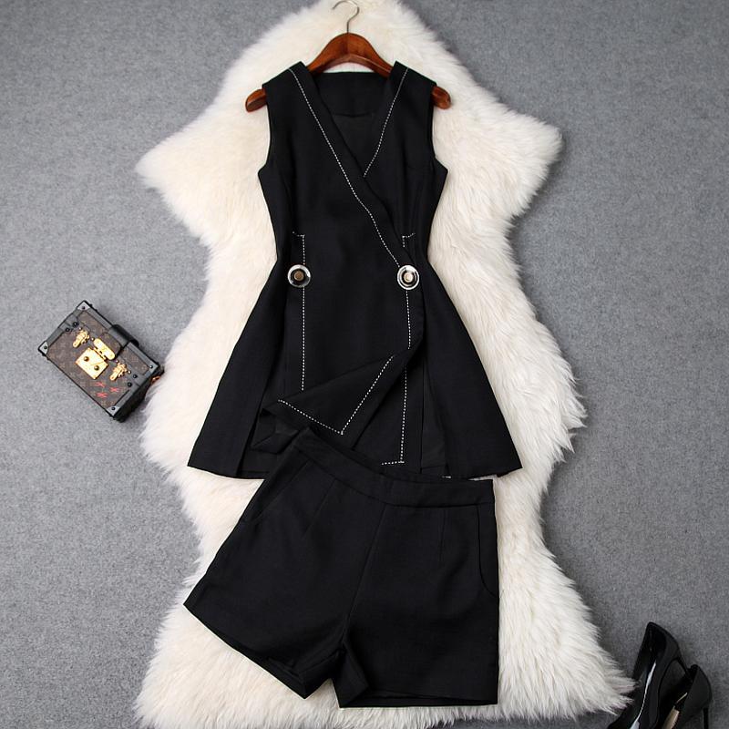Top Mode 2piece Vêtements Set Femmes Printemps Eté 2019 Concepteurs col en V simple Gilet Noir Blanc Top + Shorts Costume Set Twinset
