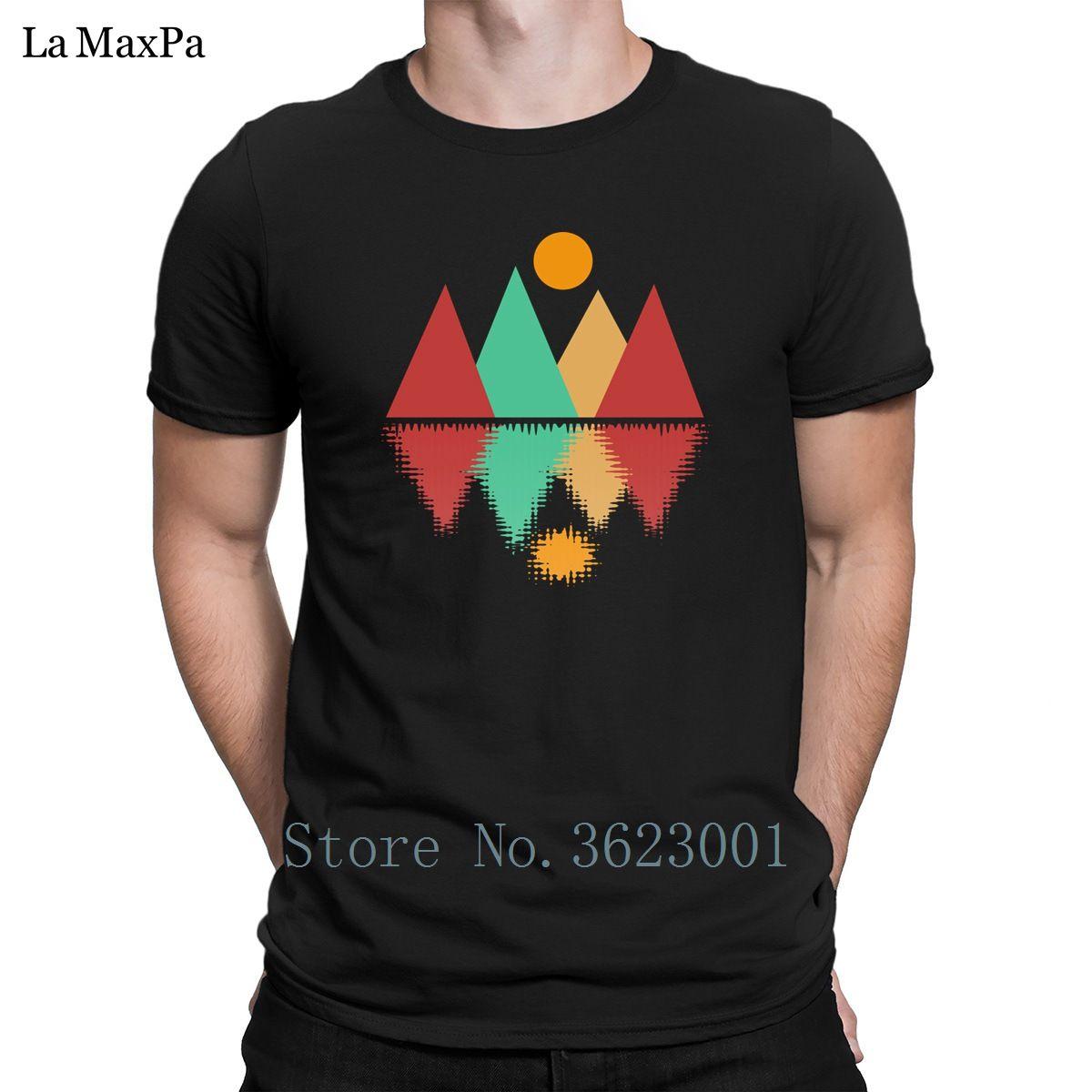 Yeni Doğal T Gömlek Giyim Ay Üzeri Dört Tepeler Erkekler Tişört Mizah Funky Erkek Tişörtü% 100 Pamuk Tee Shirt Tee