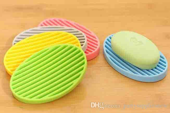 The new silicone soap dishes Fashion bathroom soap holders Multicolor water drainage antiskid design bathroom items