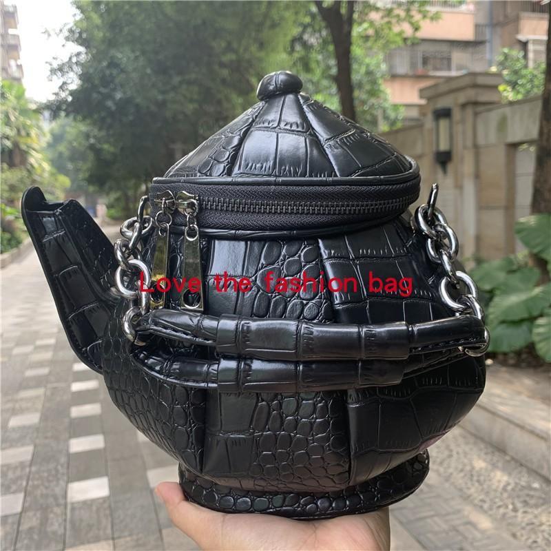 Projeto de tendência personalizada Garrafa de água preta bolsa de modelagem único ombro messenger bolsa de moda lazer sacos carteira