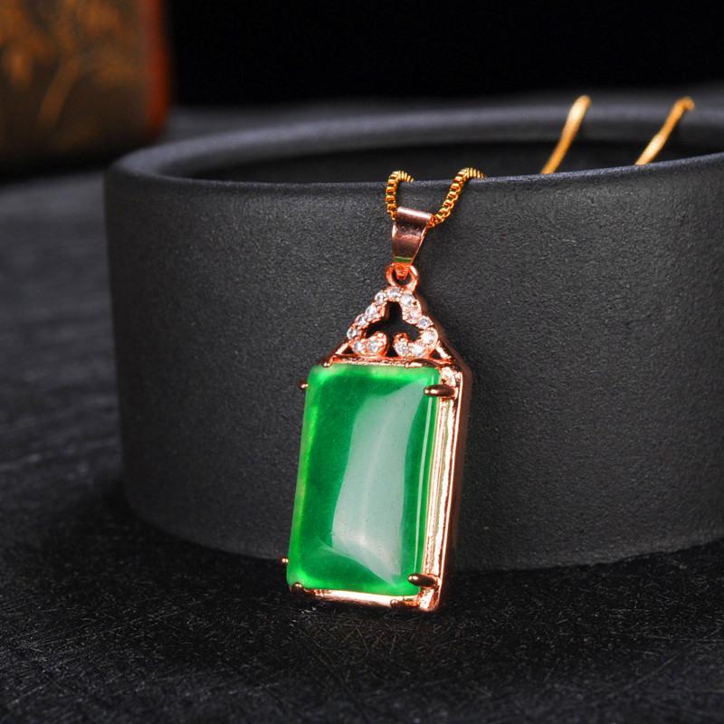 marque emeraude graine de glace émeraude femme collier pendentif chaîne de chandail incrusté d'or 18 carats