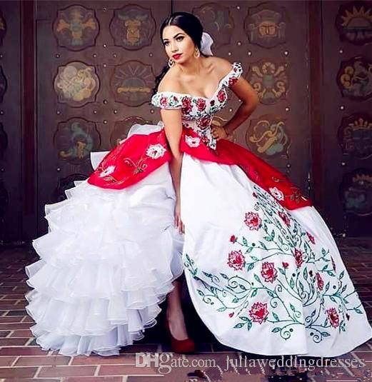 2019 Elegant New White And Red Vintage Quinceanera Dresses With Embroidery Beads Sweet 16 Prom Pageant Debutante Dress Party Gown QC1392