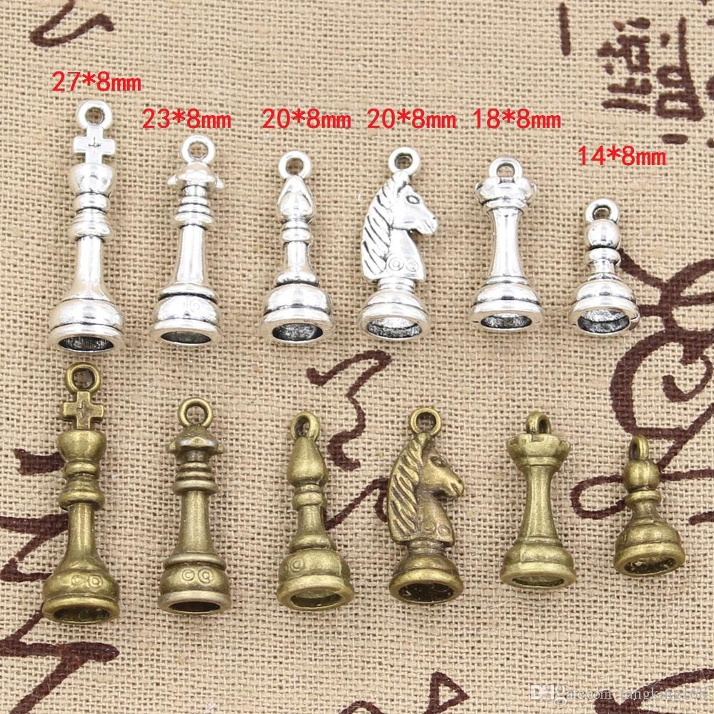 QUEEN PAWN ROOK KING KNIGHT BISHOP ANTIQUE SILVER CHESS CHARM