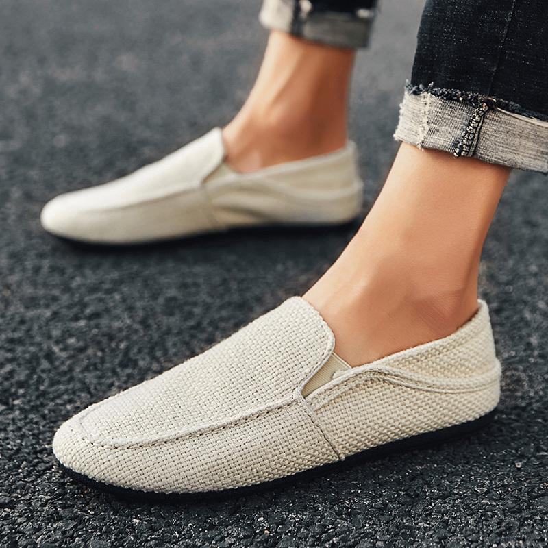 PUPUDA Nueva holgazanes de los hombres respirables de los zapatos ocasionales del slip clásico de las zapatillas de deporte de lino En verano masculino de los zapatos de conducción barato para los hombres Amplia 2019 S200409