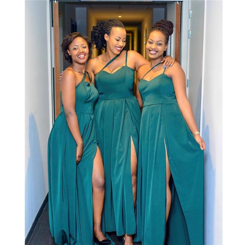 2020 Nigérian Hunter Robes de demoiselle d'honneur Split Plus Taille A Ligne Spaghettis African Spaghetti One Epaupeuil Longueur Guest Wear Wear BM1913