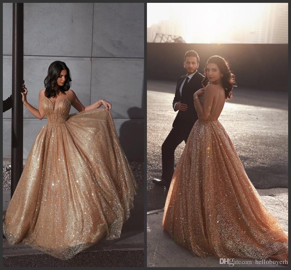 Sexy economici A Line in oro con paillettes New African Prom Dresses Lungo 2019 Abiti occasioni speciali Abiti da sera Party paolo sebastian