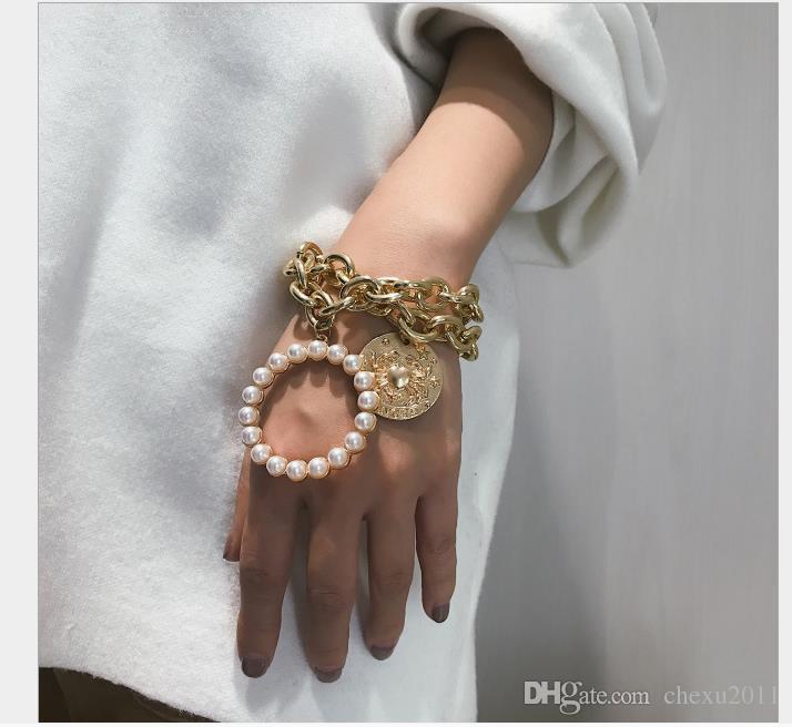 Jewelry Crab Geometric Hollow Hand Jewelry Pulsera multicapa con forma de perla para mujer