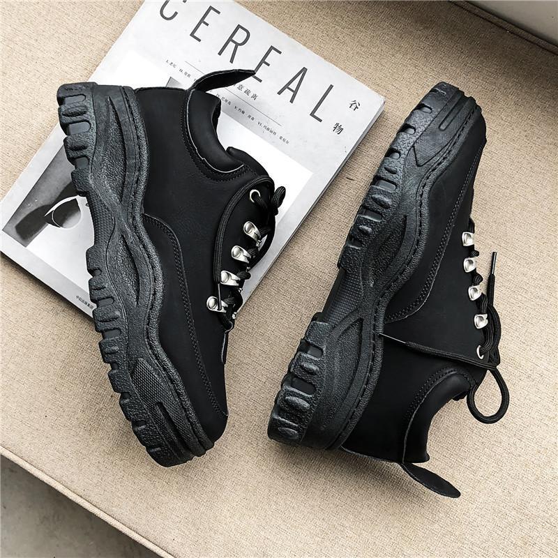 Nuovo Mens vulcanizzare Scarpe 2019 dei pattini della piattaforma di moda autunno-inverno Mens Lace Up Balck Sneakers diresistenza Femminile causale scarpa CJ191217