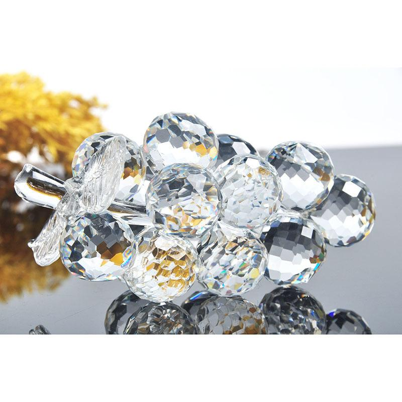 3d Crystal Clear Grape Figurine Paperweights Fruit Ornaments Wedding Gifts Decoration Home Office Decoration Free Shipping Y19062704