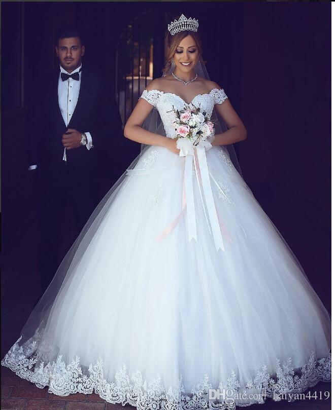 2020 새로운 아랍어 볼 가운 웨딩 드레스 어깨 꺼내기 푹신한 얇은 얇은 명주 그루트 길이 플러스 사이즈 신부 가운
