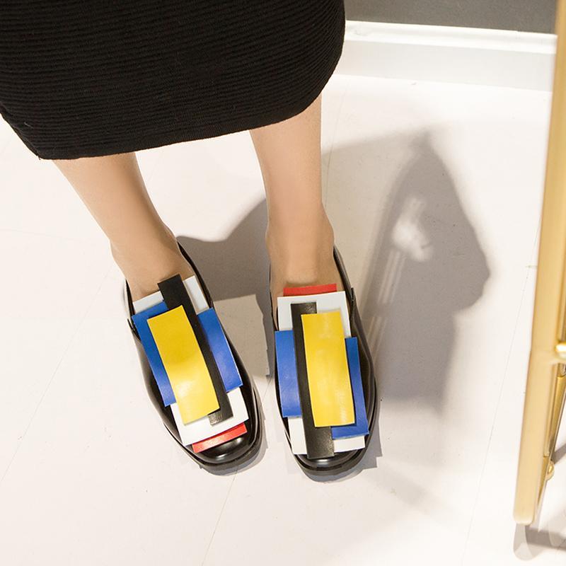 zapatos al por mayor de las mujeres Oxford Brogue Flats 2019 tamaño de charol otoño slip-on planos ocasionales color mezclado mujer de los zapatos Plus