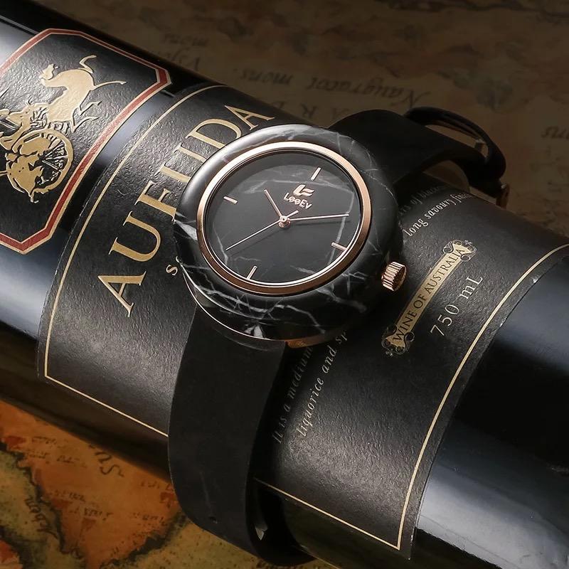 Orologio da polso in pietra di marmo unisex con cinturino in vera pelle Movimento al quarzo analogico impermeabile 3ATM per uomo donna