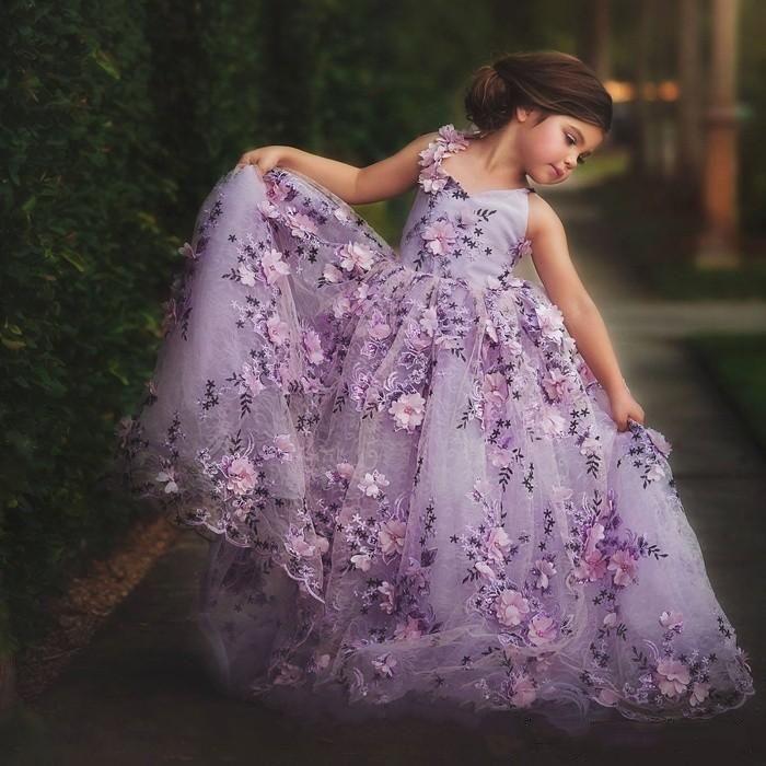 Lavanta Dantel Küçük Kızlar Pageant Elbiseler 3D Çiçek Aplikler Toddler Balo Çiçek Kız Elbise Kat Uzunluk Tül İlk Communion Gowns