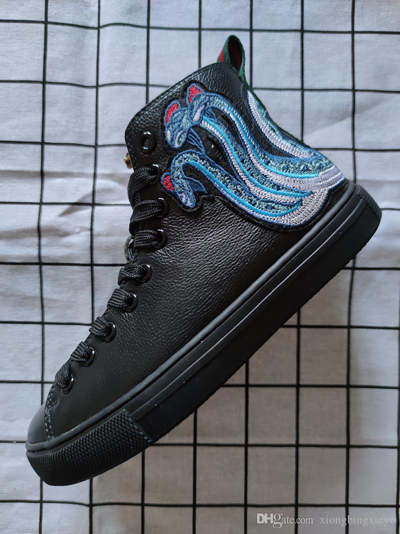 Chaussures top nouvelles baskets de marque en cuir ace serpent tigre blanc bon marché de luxe dragon hommes broderie et des femmes chaussures de sport