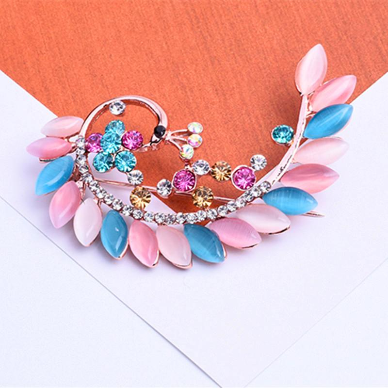 High Quality Colorful Peacock Brooches Luxurious Animal Brooch Woman Fashion Crystal Corsage Brooch Wholesale Free Shipping 12pcs/lot