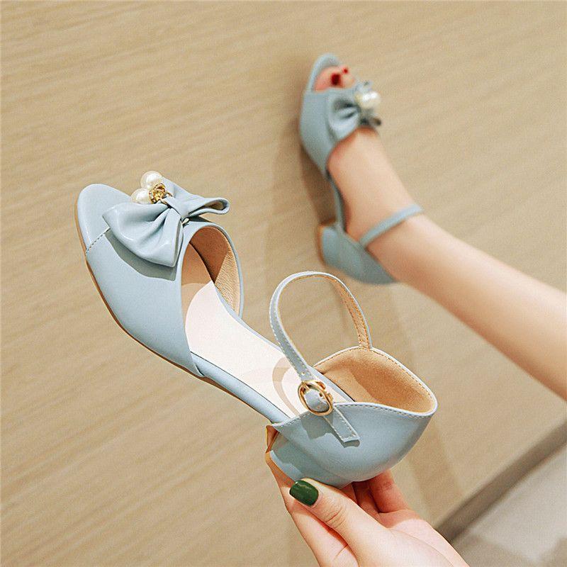Лето Нового прибытия Смазливая Белые Розовая Синяя Женщина Лолита бисер Дизайн лук Сандал низкие коренастая пятки Peep Toe обувь