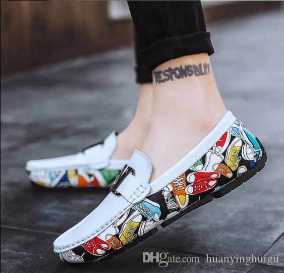 New Style Souliers simple d'homme embossés Mocassins en cuir pour hommes de haute qualité Slip Flats Mocassins Mode Boucle Chaussures conduite BMM688
