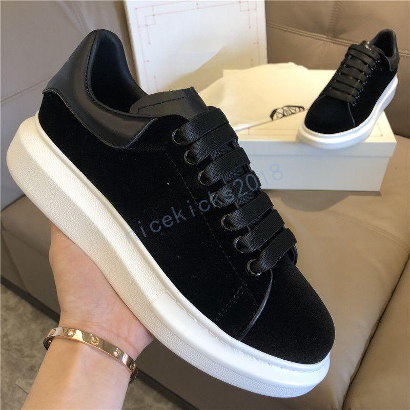 2020 Kadife Siyah Womens Chaussures Ayakkabı Güzel Platformu Casual Sneakers Ayakkabı Deri Katı Renkler Elbise Ayakkabı