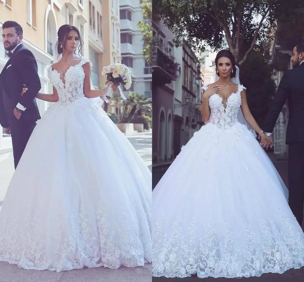 Arabic Dubai Vintage Plus Size Lace Ball Gown Wedding Dresses 2019 robes de soirée wedding dress Off-Shoulder Short Sleeve Appliques