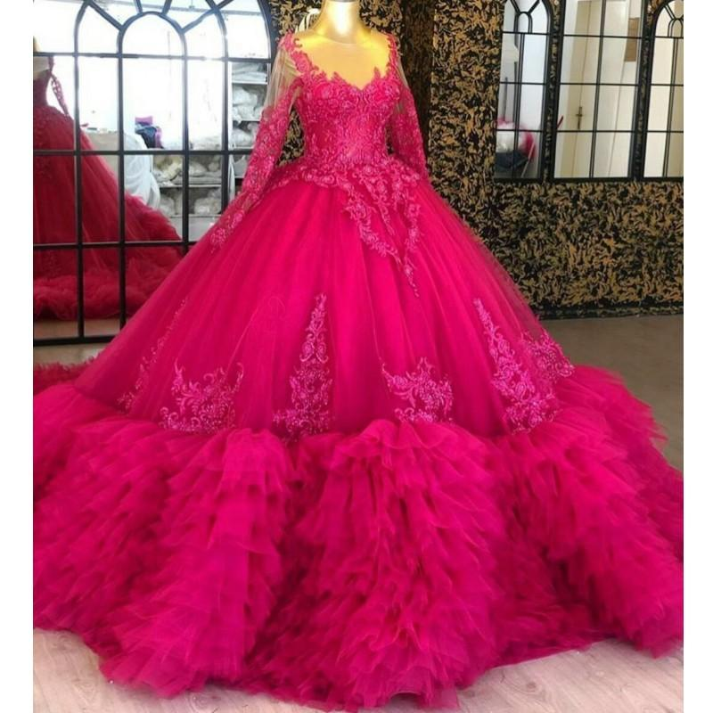 Ball Gown Quinceanera Dresses Sheer Neck Lace Appliqued Beads Tiered Skirts Fuchsia Pageant Dress Long Sleeves Prom Gowns Robes De Soirée