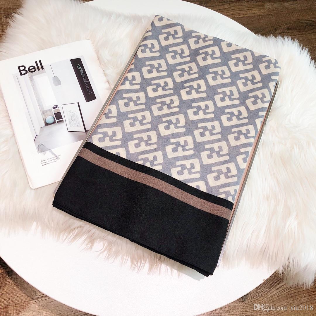 Marke Schal, modische und elegante Damen Luxus Buchstabedruckes Schal im Freien Strand Sonnenschutz Schal langes Tuch 180 * 70cm Großhandel