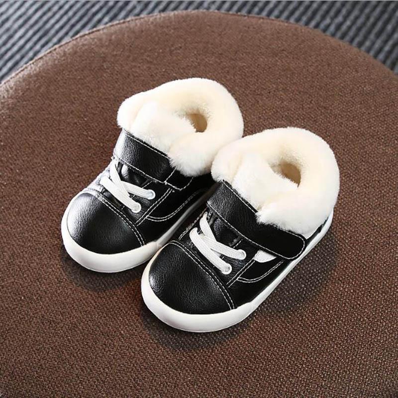 Caliente del invierno de la felpa los bebés del algodón de las muchachas zapatos antideslizante Botas infante Tamaño del niño de los primeros caminante niños zapatillas de deporte 15-19
