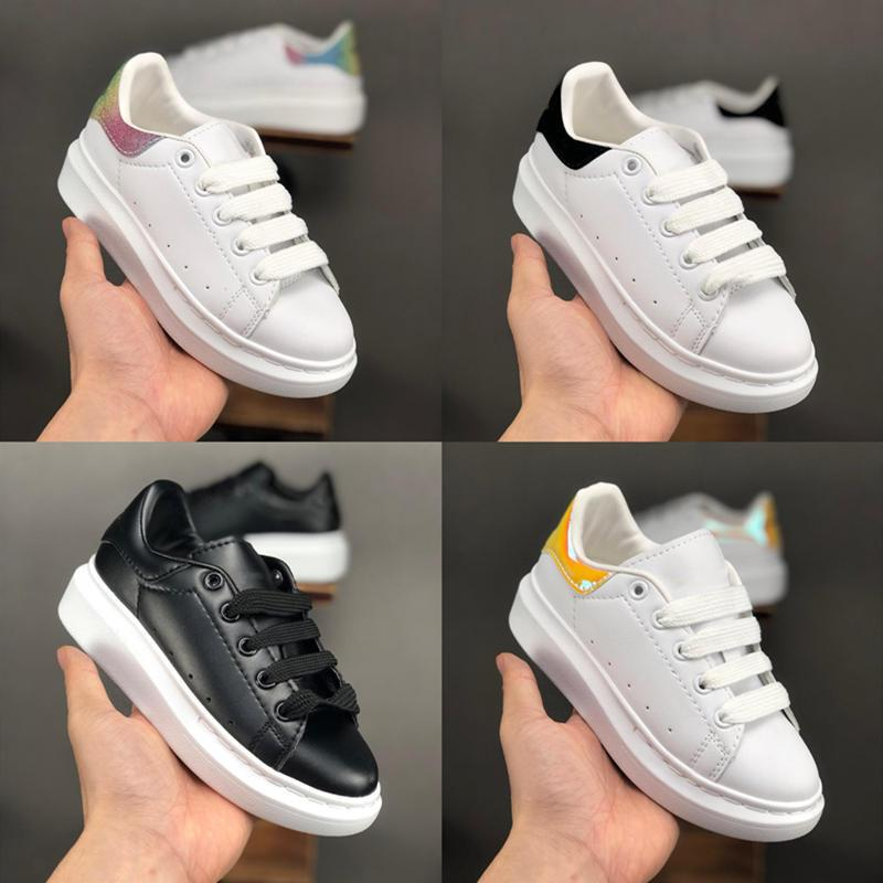 19SS Big Casual For Kids Enfants Garçons Filles Formateurs Fashion Designer de luxe Chaussures de sport d'extérieur tout-petits Chaussures Taille 24-35