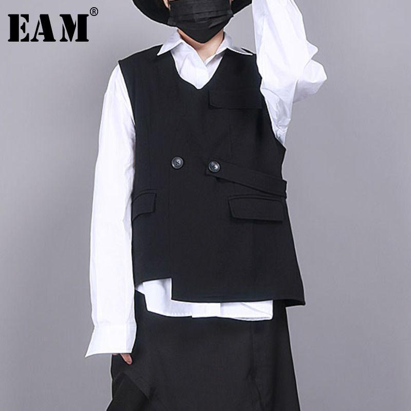 [EAM] Women Loose Fit Black Asymmetrical Split Big Size Vest New V-collar Sleeveless Fashion Tide Spring Autumn 2020 1R853