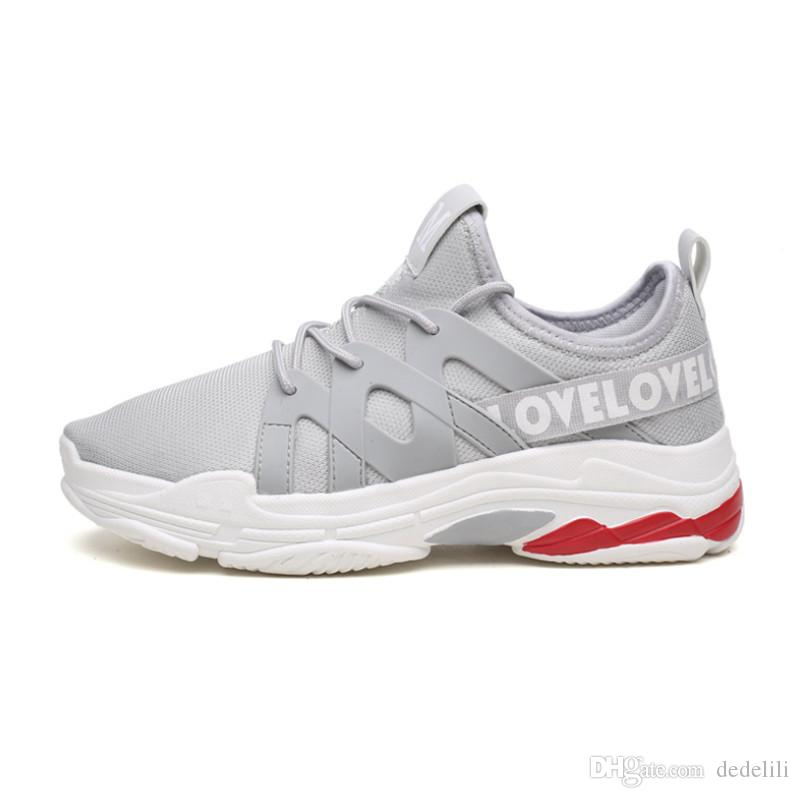 2019 Hot Sale selvagem malha Fashion Designer Shoes Triple S sapatilha Vestido De Luxe tênis preto do cinza dos homens sapatas Running