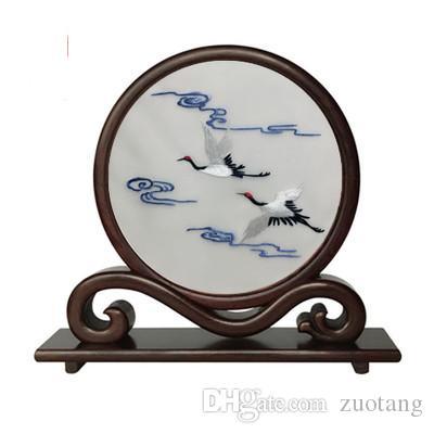 Hand chinesische Seide Stickereiarbeiten Handwerk Dekorationen Wenge Holzrahmen Antike Büro Home Decor Tisch Ornamente Hochzeit Geburtstagsgeschenke