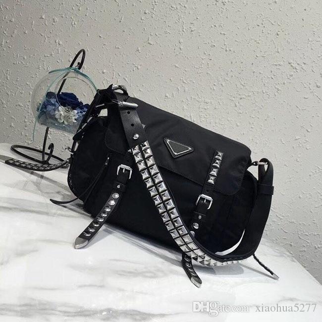 DDesigner femmes de la mode des sacs de luxe Hot Sale épaule Mode féminine Sacs classique chaîne en or en cuir femmes sac à main fourre-tout Sacs Messenger H