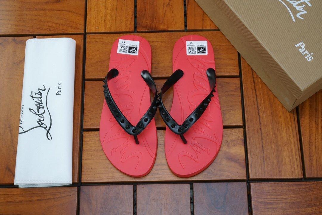 Neueste Designer Slipper Strand Slides Studs rote Unterseite Loubi Flip Flach Männer Slide Anti-Rutsch-Sommer Outdoor-Boy Slippers Flip Flops MIT BOX
