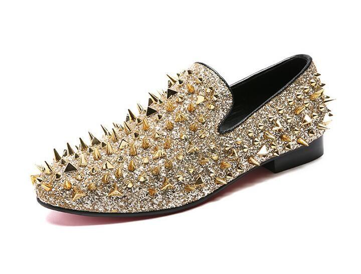 Nuevo oro brillo zapatos hombres moda pinchos mocasines resbalón en los zapatos tamaños grandes selecciones remache mocasines hombres zapatos planos holgazán tamaño 38-46