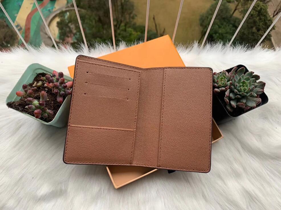 2020 Männer Leder Paßabdeckung wallet Frauen Kreditkarteninhaber Männer Visitenkartenhalter Reisebrieftasche porte carte carteira tgr524
