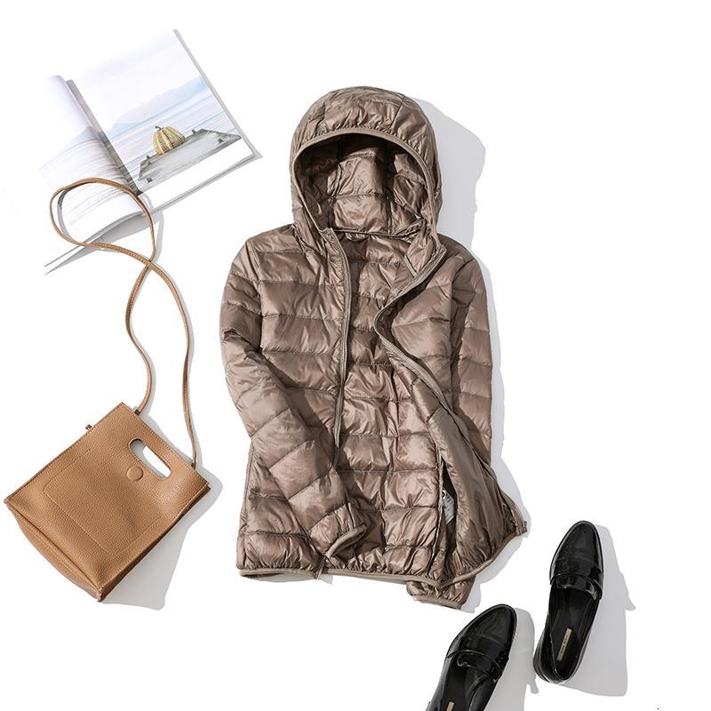 Женщины Winter Ultra Light 90% белая утка вниз куртки вскользь Женщины Верхняя одежда Плюс Размер водонепроницаемый теплый с капюшоном Пальто LY568MX190924