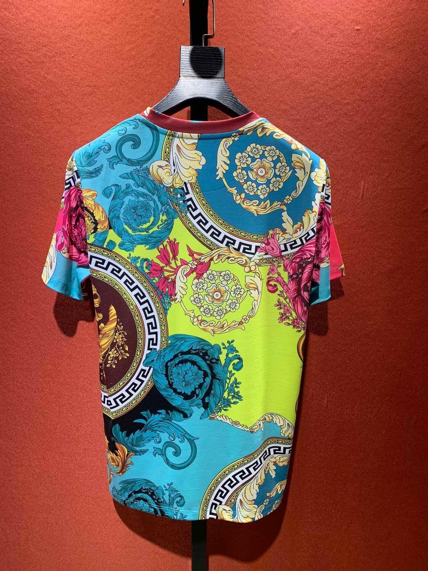 2020 uomini nuovi di alta qualità della camicia manica corta maglietta stile semplice di uomini moda estiva uomini migliori vestiti EMUZWT1U