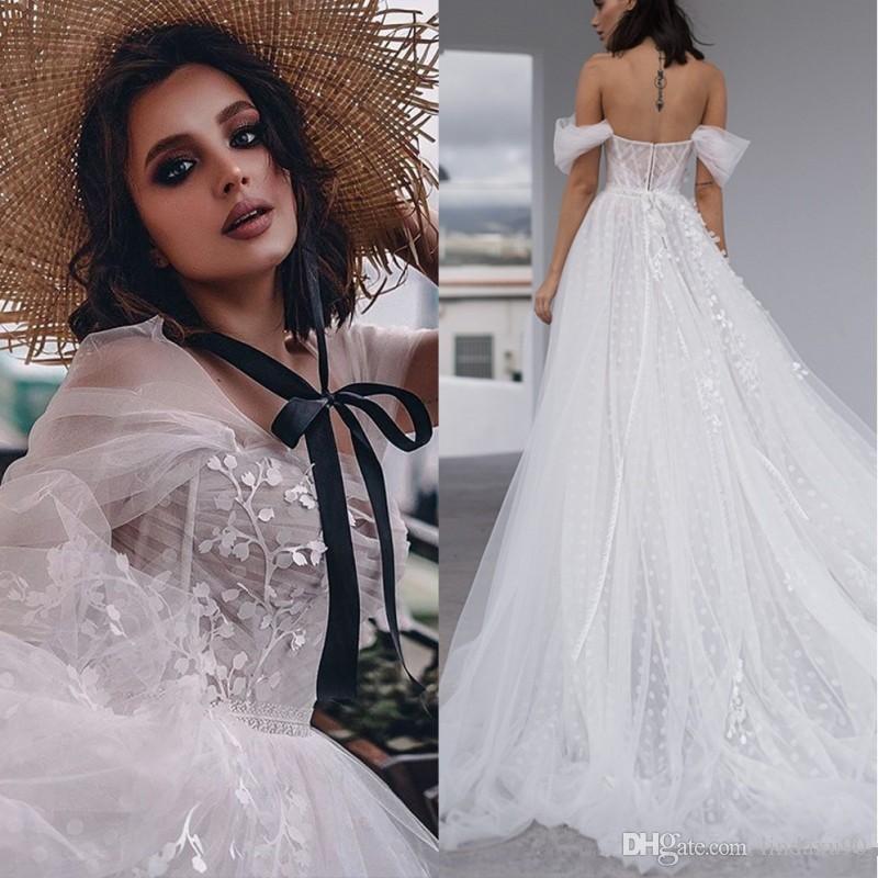 2020 Plaj Kapalı Omuz Düğün Bir Çizgi Bohemian Gelinlik Dantel Aplikler Shimmy Gelinlik Vestido de Noivas Elbiseler