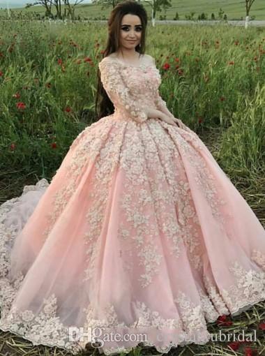 2019 Moderno Blush Rosa Quinceanera vestido de Baile Vestidos Fora Do Ombro 3/4 Mangas Compridas Tule Branco Apliques de Flores Festa de Baile Vestidos de Noite