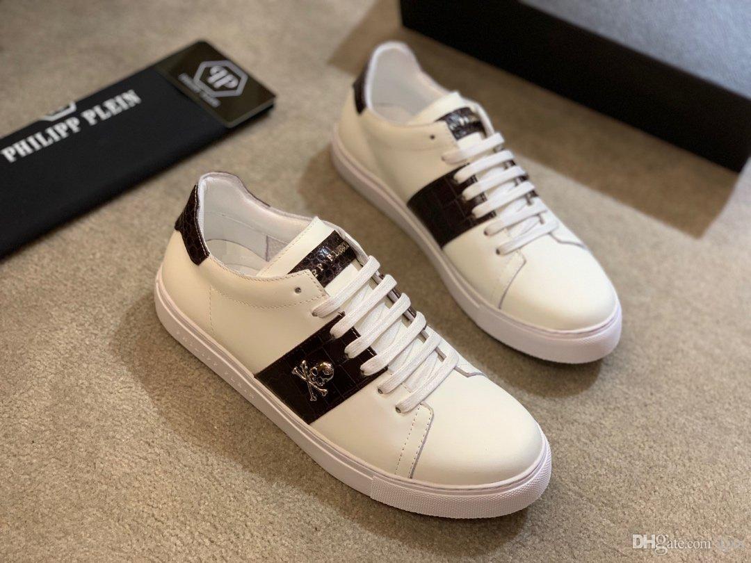 2020 chaussures de luxe gießen hommes de marque Weiß Lederoberfläche Skelett-Design Luxus-Freizeitschuhe Marken