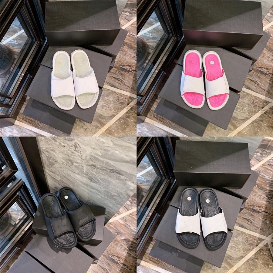 Roma Terlik Temizle Topuklar Moda Bayan Ayakkabı 2020 All-Match Takım Elbise Erkek Bej Gladyatör Terlik Kadınlar Rhinestone # 589