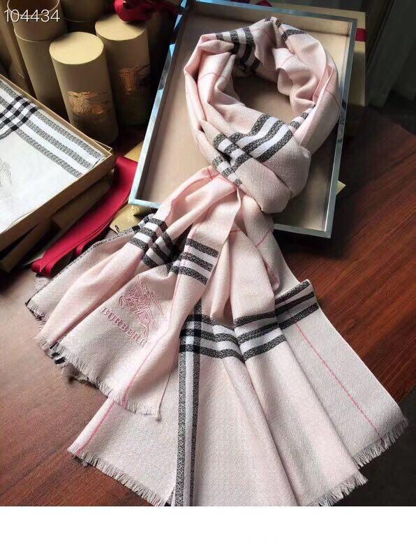 2019 Nouveau Foulard en soie Femmes Mode printemps Marque 180x70cm foulards style Echarpe à carreaux Foulards Foulard femmes Foulards